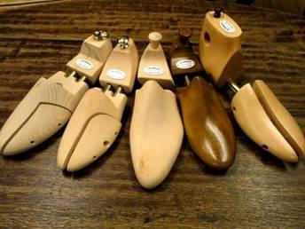 革靴と永く付き合うために必ず使いたいシューキーパー
