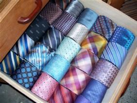 魅せたい自分を演出!ネクタイの色で効果抜群5つの色の使い分け方法