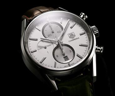 モータースポーツ好きのメンズ腕時計といえば、タグ・ホイヤーですが、フォーマルなモデルもちゃんとあります!