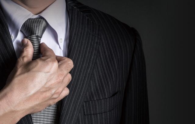 一流の男が常識すぎて言わないジャストサイズのスーツの選び方