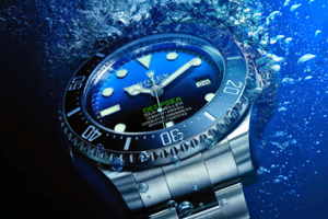 http://oceanictime.blogspot.jp/2014/08/rolex-deepsea-d-blue-dial-edition.html