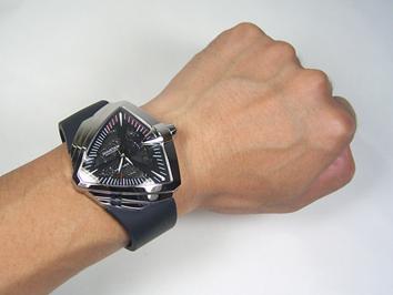 コレは目立つ!おしゃれな男が持っていたい!個性あふれる腕時計3選