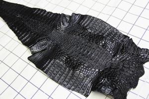 http://www.leatherworks.jp/l15.htm