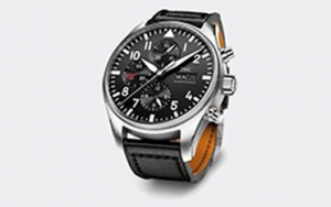 http://www.iwc.com/ja/collection/pilots/IW3777-2016/# 引用