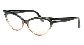 http://www.ohmyglasses.jp/items/frame/fox 引用