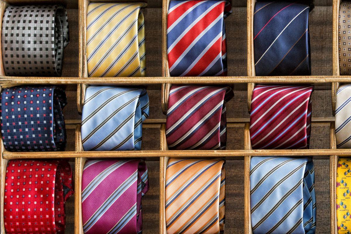 デキる男なら皆知っている。TPO別ネクタイ柄の選び方8選