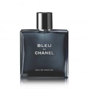 http://www.chanel.com/ja_JP/fragrance-beauty/fragrance/men/bleu-de-chanel/bleu-de-chanel-eau-de-parfum-spray-p107350.html#page-1