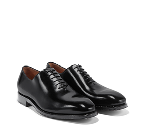 http://www.ferragamo.com/shop/ja/jpn/men-10/men-shoes#pId=6148914691233410302