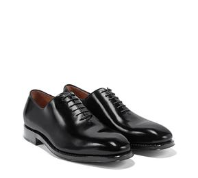 http://www.ferragamo.com/shop/ja/jpn/men-10/men-shoes#pId=6148914691233410302