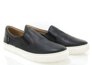 https://atlantamocassin.com/site/shop/slip-on-in-grainy-leather-black-2/