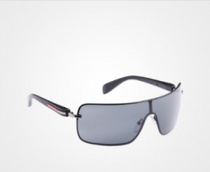 http://www.prada.com/ja/JP/e-store/man/sunglasses/classic/product/APR20S_E1AB_F00A9.html