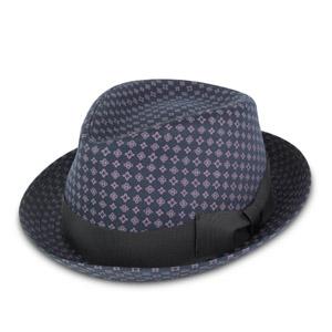 http://www.sorbatti.it/negozio/articolo.cfm?cat=cappelli&id=2560&tip=103