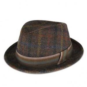 http://www.sorbatti.it/negozio/articolo.cfm?cat=cappelli&id=2738&tip=103