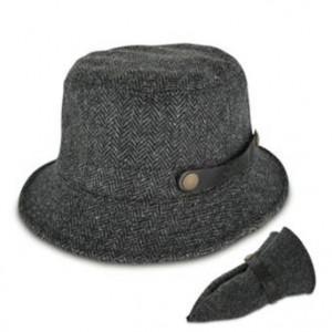 http://www.sorbatti.it/negozio/articolo.cfm?cat=cappelli&id=2315&tip=103