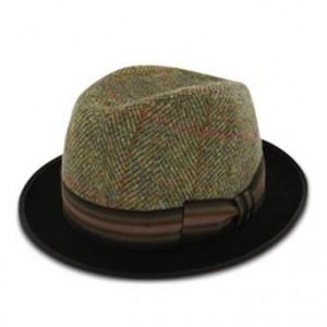 http://www.sorbatti.it/negozio/articolo.cfm?cat=cappelli&id=1942&tip=103