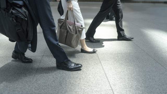 靴の汚れでオシャレも台無し。防水スプレーで汚れにくくする方法