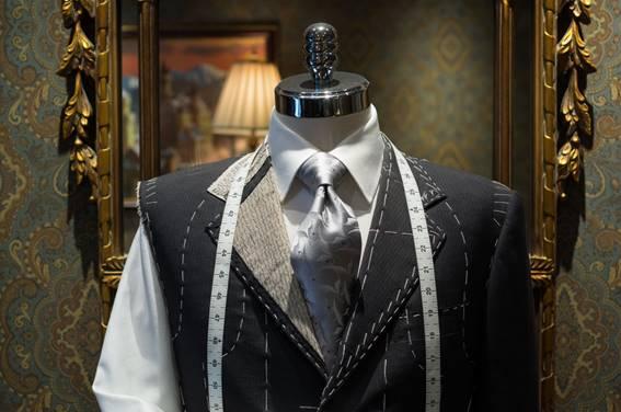 え、ブルックスブラザーズのオーダースーツ価格が既製品と大差ない?