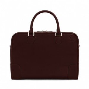 引用:http://www.loewe.com/jp_ja/briefcase-brown-chocolate-classic-calf-351-30-l32.html