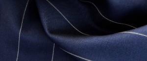 (引用: http://www.vitalebarberiscanonico.jp/fabrics/スーツ/303/リヴェンジ・ピンストライプ)