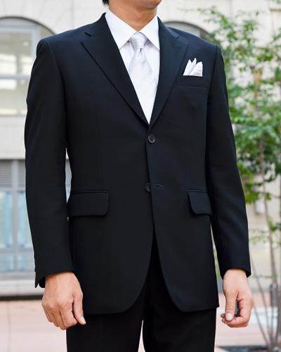 知っていますか?礼服とビジネススーツの違い 冠婚葬祭のスーツ選び