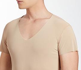 引用:http://im.uniqlo.com/images/jp/pc/img/feature/uq/airism/men/160927-bnr-seamless-v-neck.jpg