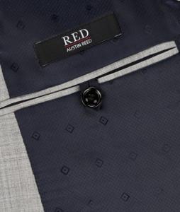引用: https://www.austinreed.com/catalog/product/view/_ignore_category/1/id/78386/s/mens-red-light-grey-jacket-78386/?___store='ar'