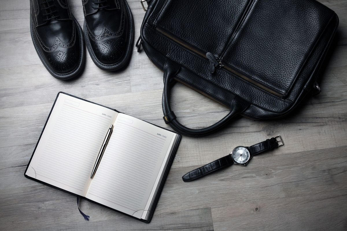 【スーツにも合う時計を紹介】知っておきたい5つの選ぶポイント