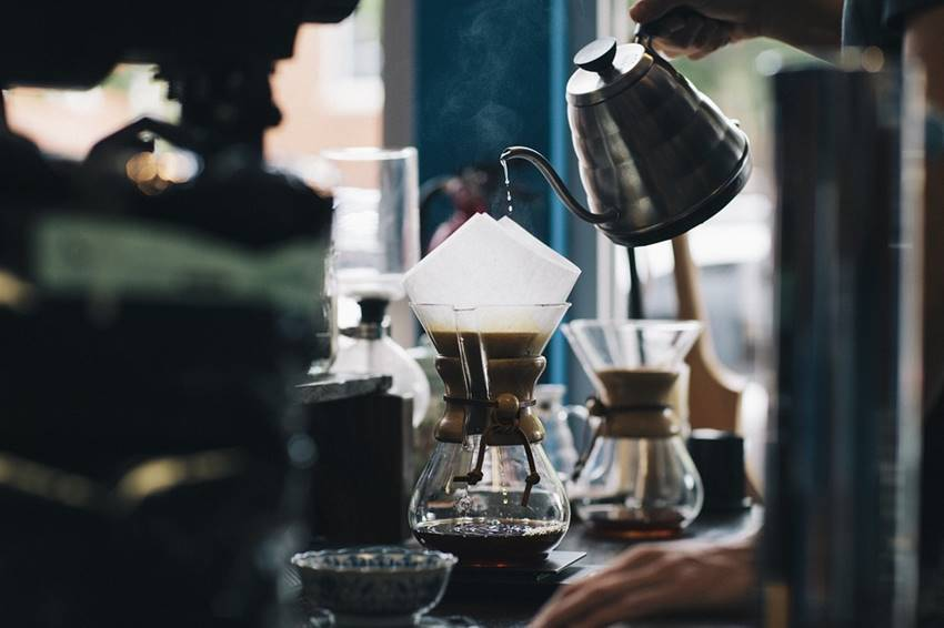 コーヒーマニアが通う東京・京都のこだわりのコーヒーショップ18選