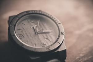 引用:https://pixabay.com/en/wood-watch-fashion-time-690288/
