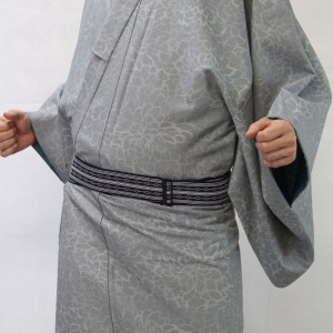 引用:http://image.rakuten.co.jp/muromachikato/cabinet/komono/imgrc0070912313.jpg