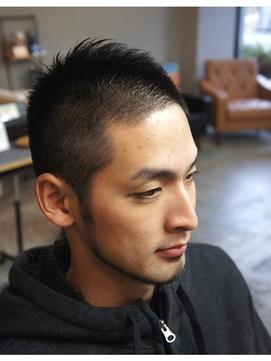 薄毛髪型ソフトモヒカン 【ハゲ隠し】薄毛にはソフトモヒカンが最適!ハゲを目立たなくする髪型
