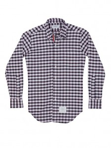 (引用: https://www.thombrowne.com/LONG-SLEEVE-SHIRT-WITH-GROSGRAIN-PLACKET-IN-GINGHAM-CHECK-OXFORD-207.html)