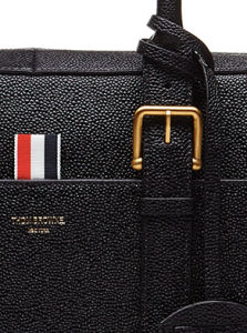 (引用: https://www.thombrowne.com/pebble-grain-business-bag-118.html)