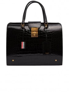 (引用: https://www.thombrowne.com/MR-THOM-BAG-IN-BLACK-ALLIGATOR-308.html)