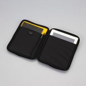 引用:http://www.e-maruman.co.jp/mnemosyne/common/images/product/portableClutch01_sl03.jpg