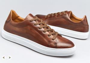 引用: http://www.pantofoladoro.it/products/Pantofola-d-Oro-Foro-Italico-Low-Harold-Moro-Suola-Mens-Shoes-Sneakers-Brown-142193.aspx
