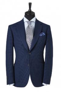 引用: http://www.chesterbarrie.co.uk/tailoring-17/shop-by-collection/chester-barrie-black/dark-blue-honeycomb-blazer-4566.html