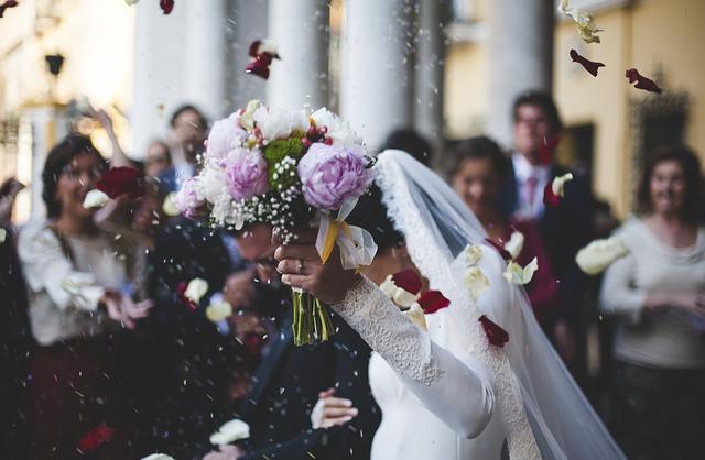 結婚式フォーマルで男性としてのマナーを守りセンスアップもする方法