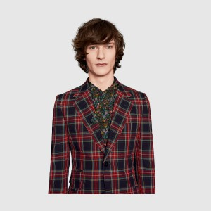 引用:https://www.gucci.com/jp/ja/ca/men/mens-ready-to-wear/mens-suits-c-men-readytowear-suits