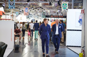 引用: http://www.pittimmagine.com/en/corporate/fairs/uomo/media-gallery/2015/uomo88/PU88.html