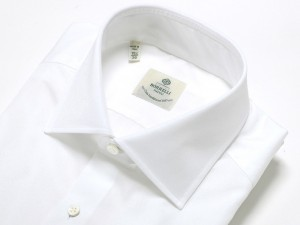 引用: http://www.luigiborrelli-onlinestore.jp/fs/borrelli/Dress_Shirts/1097501010