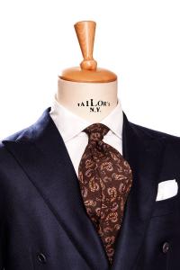 引用:http://www.erricoformicola.com/gb/ties/192-printed-wool-tie.html