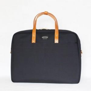 引用:http://wonder-baggage.com/wp-content/themes/wonder-baggage/images/product2/GM_br/GM_br_01.jpg
