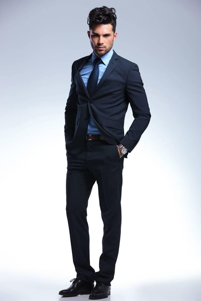 洗練された着こなしへ。スーツスタイルをアップデート
