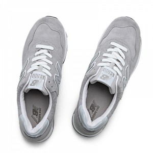 引用:http://shop.newbalance.jp/products/newbalancem1400jgy.html?silveregg=m_shoes_lifestyle
