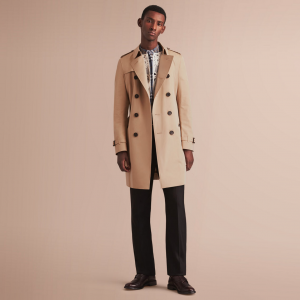引用:https://jp.BURBERRY.com/the-chelsea-long-heritage-trench-coat-p40088051