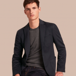 引用:https://jp.BURBERRY.com/modern-fit-lightweight-cashmere-tailored-jacket-p40330361