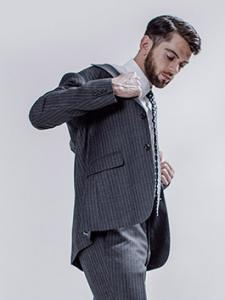 引用:http://store.world.co.jp/s/TAKEO KIKUCHI/suit/resources/img/detail/pct_trailored_06.jpg