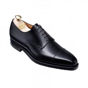 引用: https://www.crockettandjones.com/collections/mens/main-collection/norwich-black-calf/