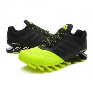 引用:http://www.osneakeroutlet.com/image/cache/data/update/ADIDAS-SPRINGBLADE-DRIVE-2.0-MEN-BLACK-GREEN_1-500x500.jpg